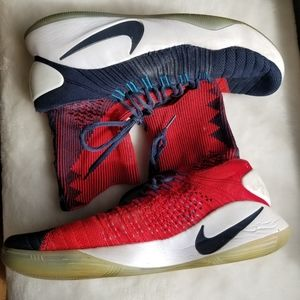 Nike Hyperdunk flyknit sneakers
